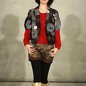 國內設計師張偉珊首次出擊 大手筆重金打造09年秋冬時尚發表處女秀